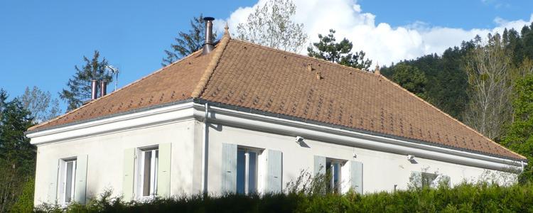 Travaux de charpente couverture zinguerie _ Monestier de Clermont 2 - 2011